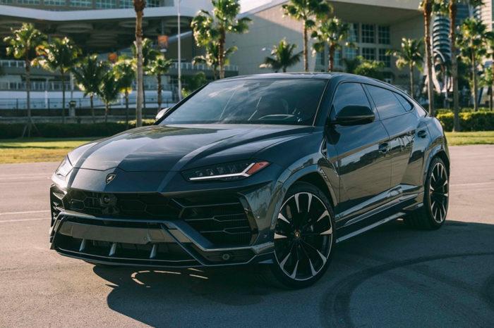 Lamborghini Urus – Gray