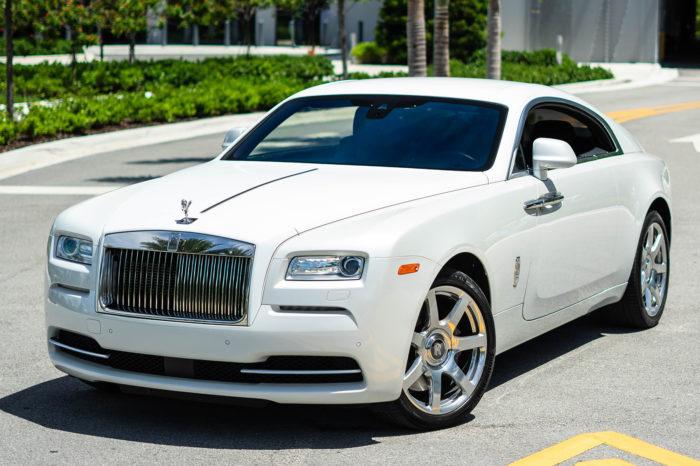Rolls Royce Wraith – White
