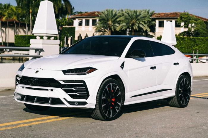 Lamborghini Urus – White